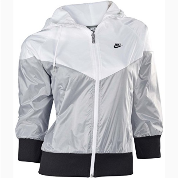 NIKE Free Spin Windrunner 34 Sleeve Jacket